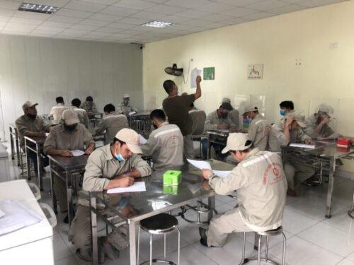Đại Á tổ chức đào tạo và thi tay nghề công nhân sản xuất